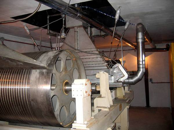 Ускоритель частиц сделает провода прочнее наука, технологии, ядерная физика, Академгородок, длиннопост