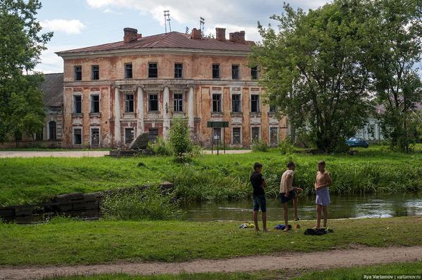 Враги России оккупировали ещё один город Архитектура, Вышний Волочек, Тверская область, длиннопост, Политика