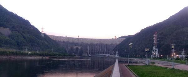 Авария на Саяно-Шушенской ГЭС Саяно-Шушенская ГЭС, авария, Хакасия