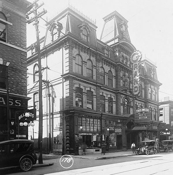 Исчезновение магната Эмброуза Смолла. Канада, провинция Онтарио, начало ХХ века, миллионер, таинственное исчезновение, неразгаданное, видео, длиннопост