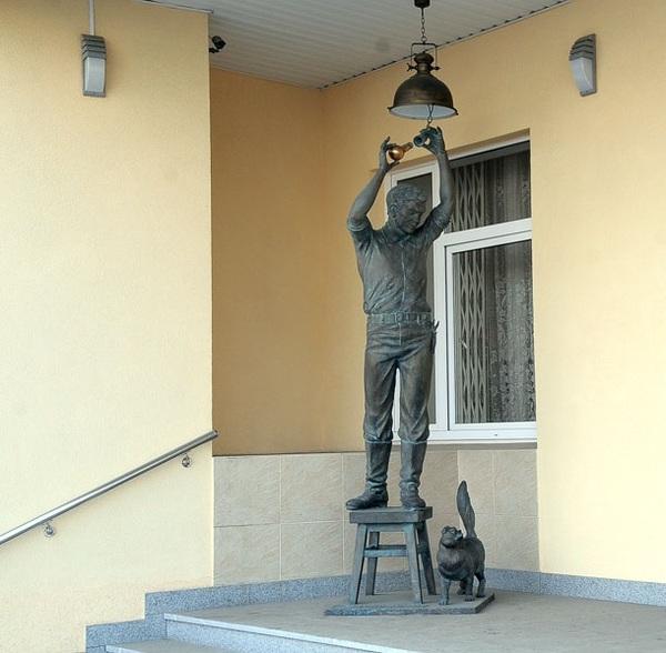 Скульптура. скульптура, электрик, кот, длиннопост