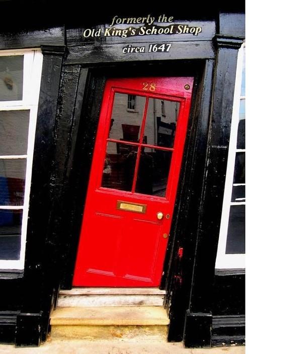 Кривая дверь для кривого дома. кривая дверь, старинный дом, Англия, длиннопост
