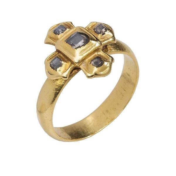 Коллекция из девяти золотых с алмазами колец из монастыря украшения, кольцо, золото, испания, ювелирное искусство, длиннопост