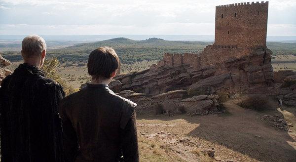 Замок Сафра - Замок Радости из Игры Престолов, место рождения Джона Сноу Замки, Испания, Башня, Зафра, Игра престолов, длиннопост