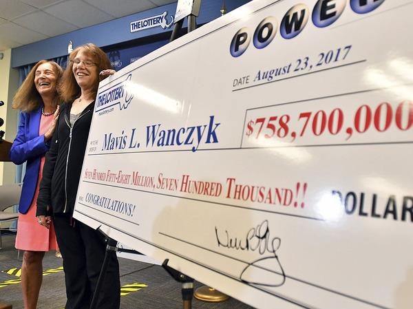 Медработник из Массачусетса выиграла в лотерею крупнейшую сумму в истории Джекпот, Удача, Лотерея, Выигрыш в 480 млн долларов
