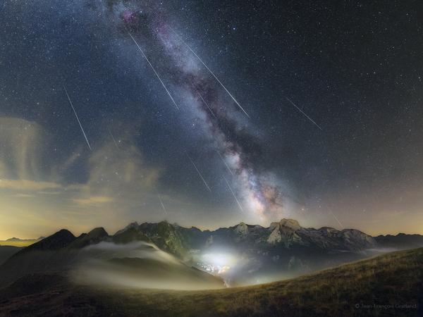 Звёздное небо и космос в картинках - Страница 6 1503672474188752148