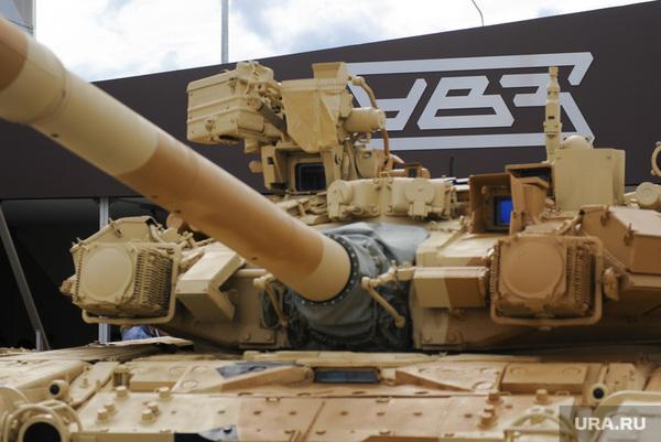На Урале горит самый главный танковый завод страны. Танки, Танковый завод, т-34, Армата, Пожар, Военная техника