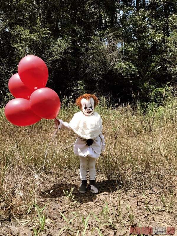 У маленького Пеннивайза есть шарик для вас! Я знаю чего ты боишься, Ужасы, Пеннивайз, Оно, Косплей, Дети, Мистика, Длиннопост