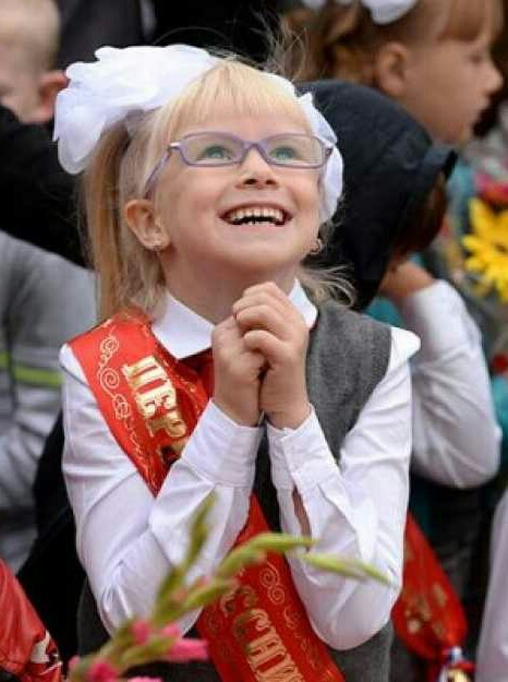 На 1-сентября второклассницы делятся на 2 типа 1 сентября, Девочка, Школа, Сон, Радость, Привет читающим тэги