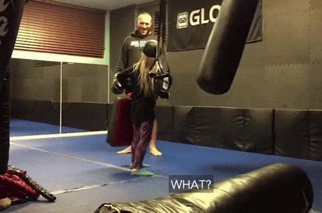Она хотела удара по-настоящему... Гифка, 9GAG, Тренировка, Удар, Дети, Юмор