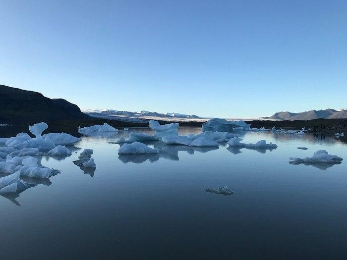 Ледниковое озеро Йокульсарлон – наиболее часто фотографируемая достопримечательность Исландии. Исландия, Озеро, Путешествия, Теги явно не мое, Лед, Холод, Зима, Длиннопост