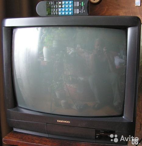 Телевизоры - зеркало чужих жизней Подглядывание, Объявление, Отражение, Длиннопост