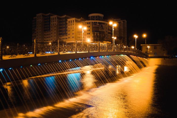 Мост дружбы Canon 600D, Мост, Фонтан, Астрахань, Canon, Вечер, 50mm, Вечерний город