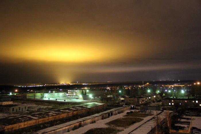 Что-то хорошо освещает небо Фотография, Екатеринбург, Верхняя Пышма, Ночь