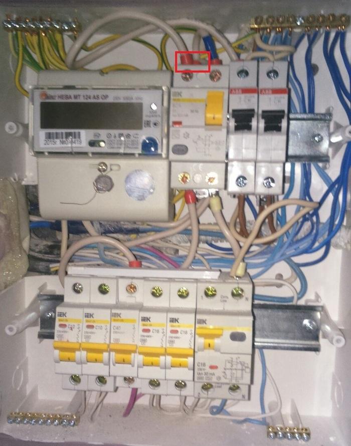 электрика в квартире Ужасы электрика Элетрика электрика в квартире ужасы электрика видео длиннопост