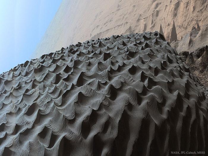 Темные дюны на Марсе космос, Марс, curiosity, темная дюна Намиб