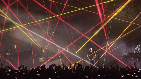 David Gilmour - Live at Pompei 2016. Гифка для фанатов Pink Floyd. Гифка, David Gilmour, Pink Floyd, Pompei, Live, Концерт, Текст
