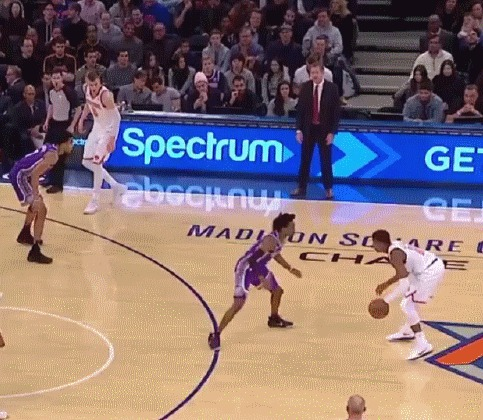 Кристапс Порзингис продолжает баловаться с телепортом Баскетбол, NBA, Нью-Йорк Никс, Кристапс Порзингис, Телепорт, Монтаж, Гифка