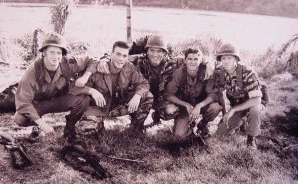 Универсальный солдат Универсальный солдат, Жан-Клод Ван Дамм, Дольф Лундгрен, Длиннопост