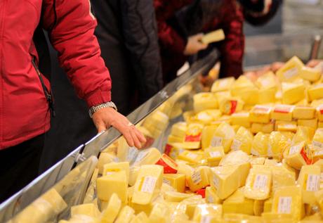 Россия обвинила Беларусь в нелегальном ввозе украинского сыра Agronews, Россия, Беларусь, Китай, Македония, Сыр, Украина, Жир