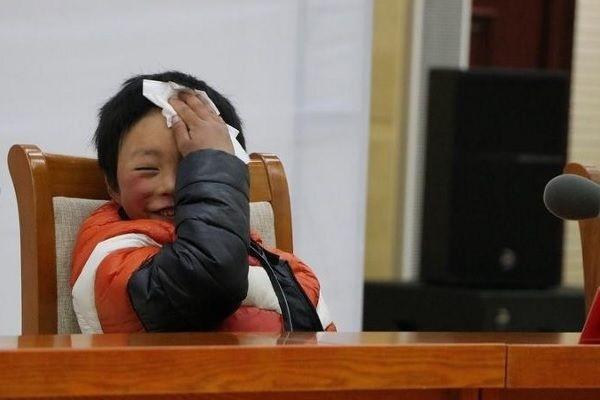 Школьник который преодолел 5 км заработал 450 тысяч долларов школа, школьники, Китай, длиннопост