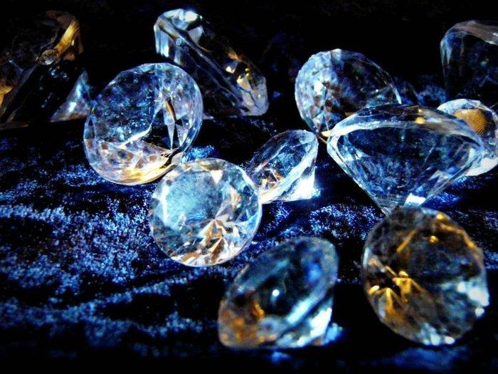 Самые знаменитые алмазы в истории. Алмаз с проклятием, войну приносящий и лекарский. Часть четвёртая. История, Интересное, Познавательно, Алмаз, Бриллианты, Ювелирные изделия, Чёрный Орлов, Длиннопост