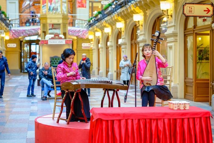 Китайский Новый год. ГУМ, Москва. Китай, Китайский новый год, Вышивка, Традиции, Гум, Москва, Фестиваль, Красная площадь, Длиннопост