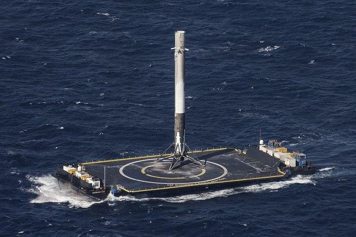 SpaceX построит третью морскую посадочную платформу. Космос, Илон Маск, Ракета, Платформа, Длиннопост