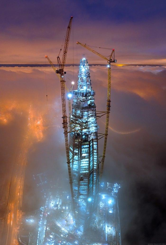 «Лахта-центр» над пеленой облаков Лахта-Центр, Санкт-Петербург, Квадрокоптер, Фотография