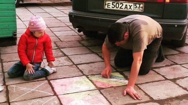 """""""Папа может, папа может всё, что угодно!"""" 16 забавных фотографий из жизни настоящих мужчин! :) Дети, Папа, Родители, Фотография, Юмор, Длиннопост"""