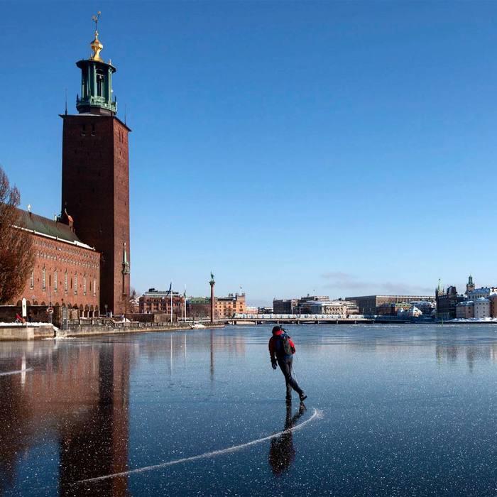 Стокгольмская ратуша. Озеро Меларен.