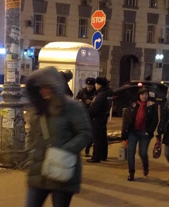 """Павелецкий вокзал, """"табличник"""" Мошенники, Павелецкий вокзал, Попрошайки"""