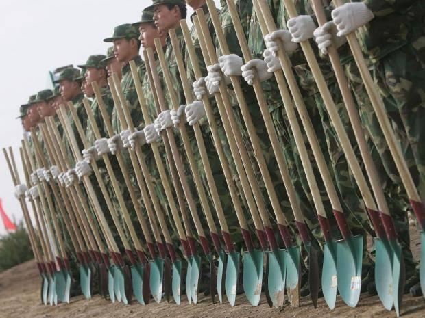 60 000 китайских солдат будут сажать деревья для борьбы с загрязнением воздуха Китай, Армия, Озеленение, Лес, Посадка деревьев, Субботник, Длиннопост