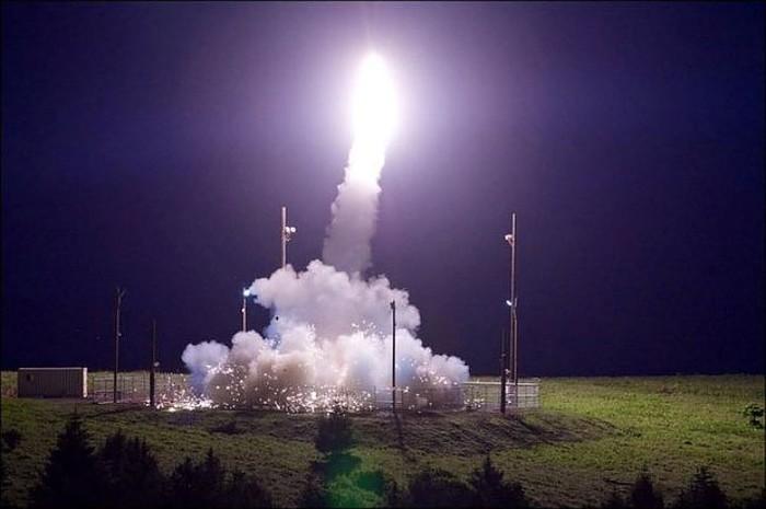 США хотят развернуть у границ России 400 ракет системы ПРО Общество, Политика, Россия, США, Про, Угроза, Безопасность, Комсомольская правда, Длиннопост