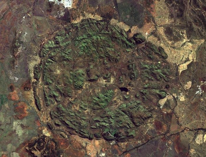 Древний вулкан: вид из космоса