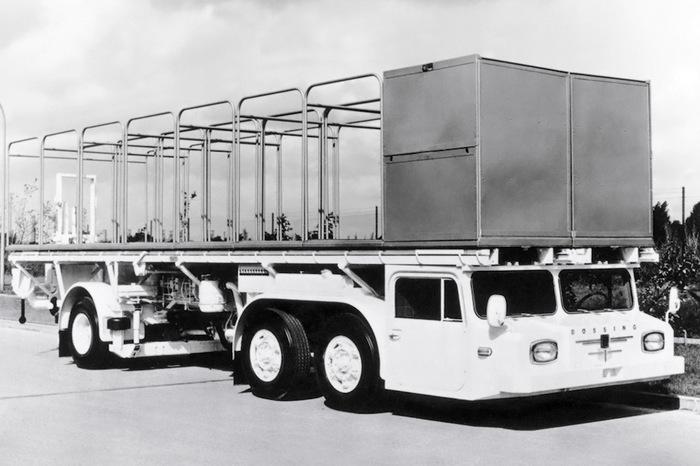 Необычные грузовики с очень низкой кабиной Грузовик, Тягач, Фура, Длиннопост