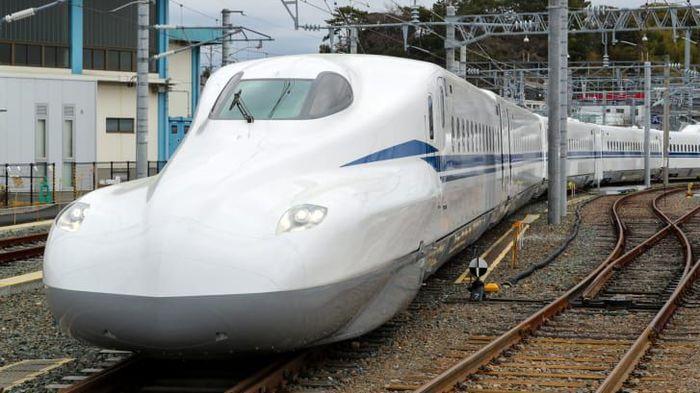 В Японии показали новое поколение поезда-пули Технологии, Поезд, Япония, Rutube, Видео, Длиннопост