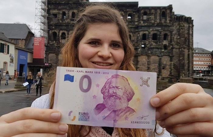 К двухсотлетию рождения Карла Маркса в Германии выпустили банкноту в 0 (ноль) евро