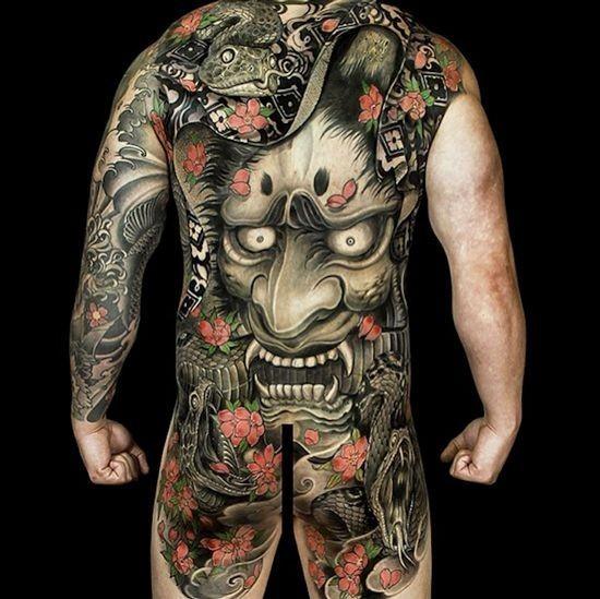 Значение тату музыкальный плеер: смысл, история, фото рисунков, эскизы | 549x550