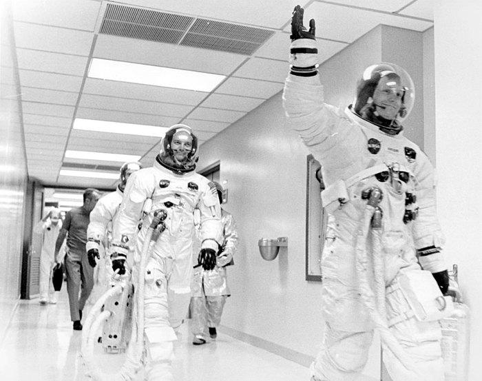 astronauts apollo 11 - 900×712