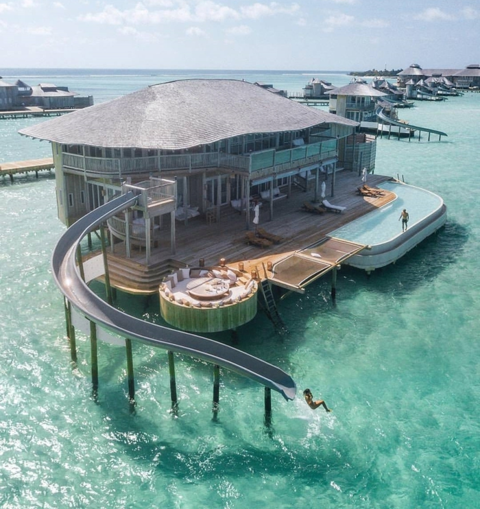Горка на Мальдивах