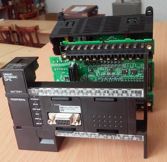 Внутренности Omron CP1L ПЛК, Ремонт электроники, Автоматика, ЛГТУ, Длиннопост