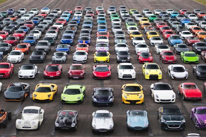 Встреча владельцев суперкаровна полигоне Брантингторп в Лестере Авто, Суперкар, Lamborghini, Ferrari, Aston martin, Bugatti, Porsche, Мерседес, Длиннопост