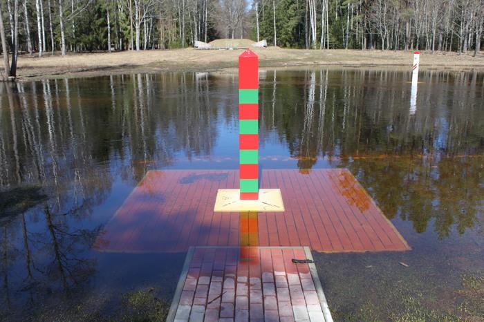 Граница между Россией, Белоруссией и Латвией Граница, Россия, Беларусь, Латвия, Длиннопост