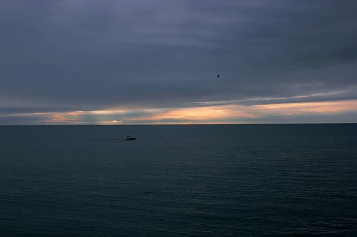 Зимний вечер на Чёрном море