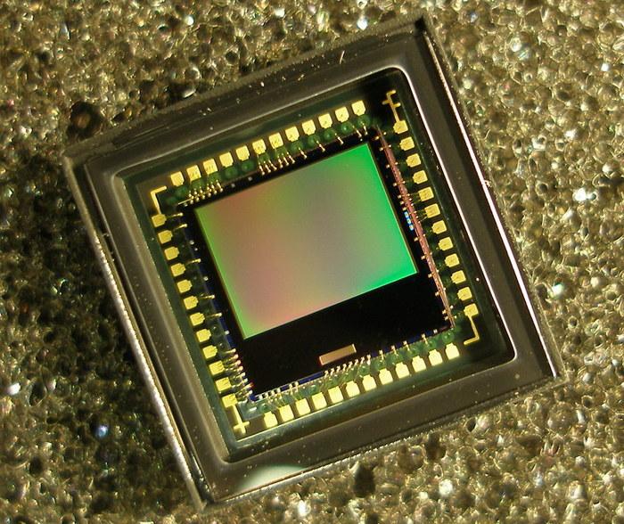 Ученые создали камеру размером меньше миллиметра, и ей не нужна батарея Длиннопост, Geektimes, Наука, Изобретения, Технологии, Интересное