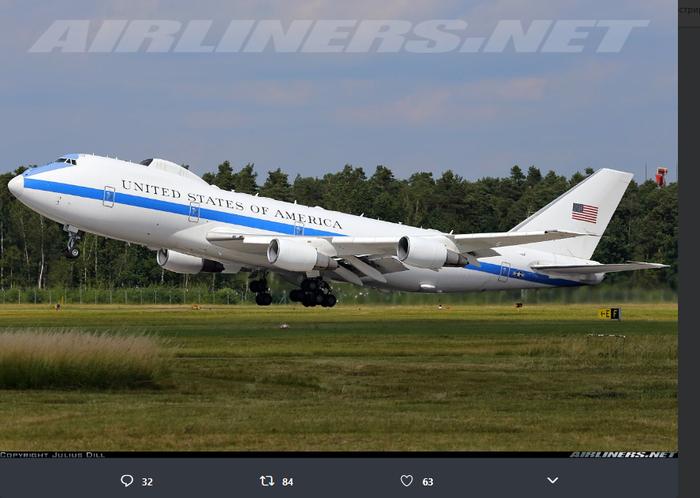 США подняли в воздух воздушный командный пункт Boeing 747 E-4B Nightwatch Самолет, США, Авиация, Boeing E-4