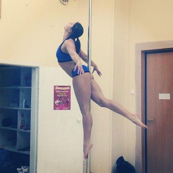 Мастерами pole dance не рождаются Pole dance, Женские ноги, Спорт, Пол дэнс