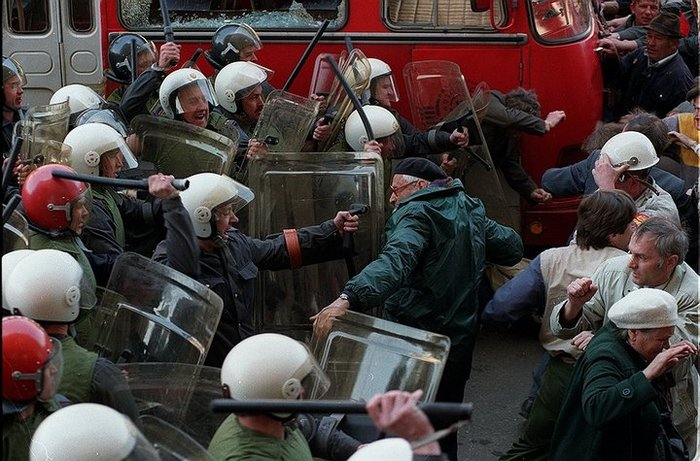 Чем Венесуэла сегодня похожа на Россию 90-х годов Венесуэла, Россия 90-х, Кризис, Деноминация, Боливар, Рубль, Длиннопост