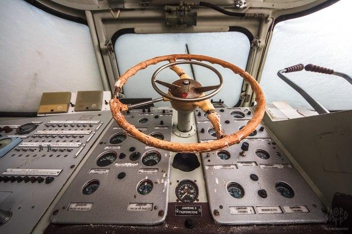"""Заброшенный """"Метеор"""" - лебединая песнь речного судоходства на подводных крыльях! Урбанфакт, Заброшенный корабль, Сделано в СССР, Длиннопост"""
